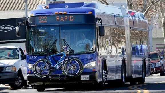 522 blue bus