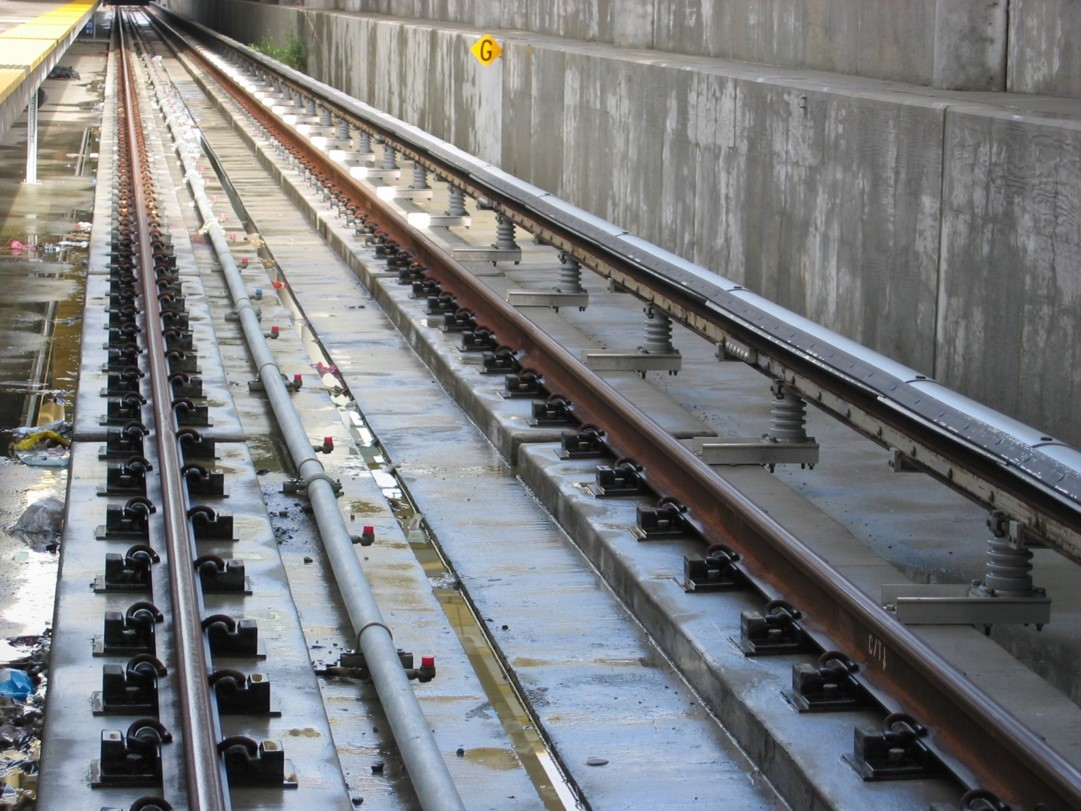 BART tracks and the third rail