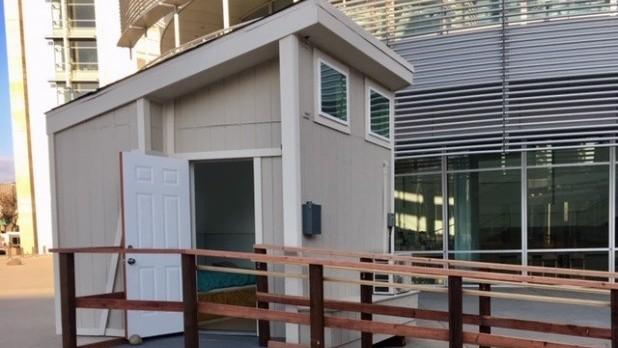 model tiny home